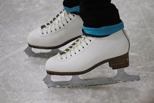 Que hacer en Queenstown con niños-Patinaje sobre hielo en Queenstown con niños
