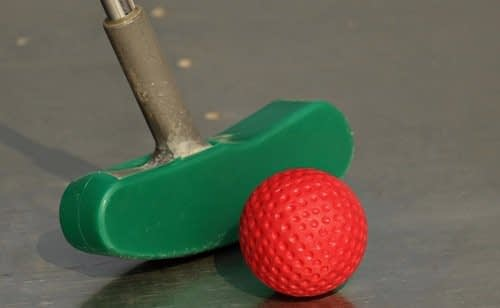 Mini Golf con niños